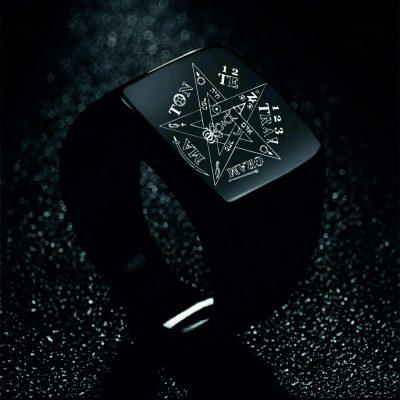 Pentagram Ring Black