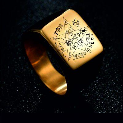 Pentagram Ring Gold